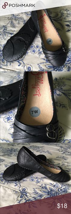Jellypop 7W Black Flats NWOT Comes from pet friendly smoke free home. I am just cleaning my closet & trying to get some cash for kids college fund. I have lots of items still NWT & NWOT along with some in EUC so please take look at my listings. Bundles & offers welcome! Happy poshing! Jellypop Shoes Flats & Loafers