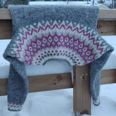 Fair Isle Knitting Patterns, Knit Crochet, Throw Pillows, Blanket, Crafts, Tejidos, Toss Pillows, Manualidades, Cushions