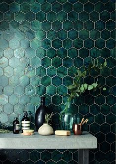domus tile uk / terracotta range // I& in love with the green tile! It& - domus tile uk / terracotta range // I& in love with the green tile! It& so interesting - Casa Hygge, Decoration Hall, Tiles Uk, Hex Tile, Ceramic Wall Tiles, Dashboard Design, Küchen Design, Design Trends, Design Ideas