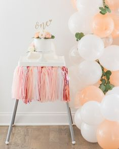 1st Birthday Girl Decorations, First Birthday Balloons, 1st Birthday Party For Girls, Girl Birthday Themes, First Birthday Gifts Girl, Birthday Photos, Birthday Cakes, Birthday Ideas, Donut Party