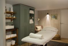 Treatment Room  http://www.watergatebay.co.uk/index.php