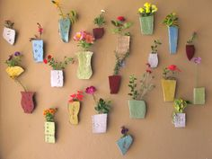 Hennie Meyer and Clementina van der Walt's wall of flower vases are certainly not wall flowers like we know it. Vase Centerpieces, Vases Decor, Irises, Flower Wall, Wall Flowers, Old Vases, Paper Vase, Vase Crafts, Clay Vase