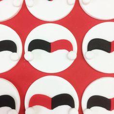 Harley Quinn fondant cupcake toppers