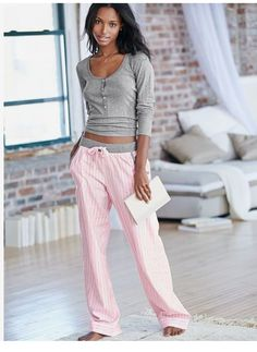 The Dreamer Henley Pajama - Victoria Secret - Octobre 2015 - Cute Pjs, Cute Pajamas, Pajamas Women, Comfy Pajamas, Lazy Day Outfits, Cool Outfits, New Fashion Trends, Trendy Fashion, Pyjamas