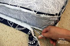 Tutorial on how to make a bench seat cushion.