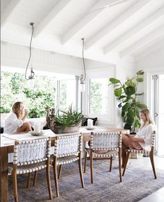 Ana Hickmann's house: see photos of hostess's mansion - Home Fashion Trend Online Interior Design Services, The Design Files, Dining Room Design, Beach Dining Room, Beach House Decor, Room Inspiration, Sweet Home, Room Decor, House Styles