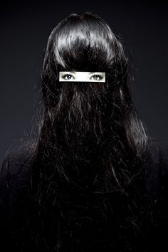 eyes in the back of the head with a hair clip