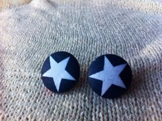 Hey, I found this really awesome Etsy listing at https://www.etsy.com/listing/164392566/retro-star-fabric-button-earrings
