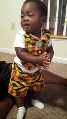 Free onsie vest pattern in African Fabric.