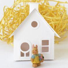 It's a sunny Springy bunny kinda day!  #etsyshop #diycrafts #putzhouse #papercrafts #springdecor #glitterhouse #crafty #easterbunny #springmood #makersgonnamake #easter #creativityfound #pursuepretty #creativelifehappylife