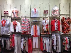 Quels sont les indispensables dans votre #garde-robe? Le #corail est la tendance printemps/été 2015!
