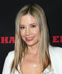 View yourself with this Mira Sorvino Long Straight Blonde Hairstyle Casual Hairstyles, Straight Hairstyles, Highlighted Hairstyle, Mira Sorvino, Medium Blonde, Female Celebrities, Aphrodite, Hair Highlights, Medium Hair Styles