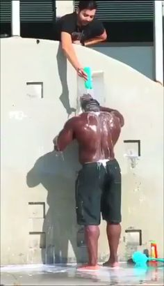 having shampoo issues., Hulk having shampoo issues., Hulk having shampoo issues., I'm tired of you [GIF] 😂 Funny and 🙄 Videos Cant Stop Watching - Tollefotos. Funny Shit, Crazy Funny Memes, Really Funny Memes, Funny Laugh, Funny Relatable Memes, Haha Funny, Funny Cute, Funny Stuff, Funny Man
