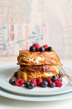 Stuffed with cream cheese and pecans, this delicious and sumptuous French Toast recipe makes for a great breakfast dish. Breakfast Dishes, Breakfast Time, Breakfast Recipes, Dessert Recipes, Desserts, Creole Recipes, Pancakes And Waffles, Recipe Of The Day, Love Food