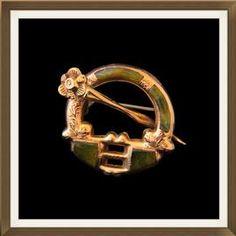 Beautiful Irish Antique Rose Gold & Connemara Marble Tara Brooch  £300