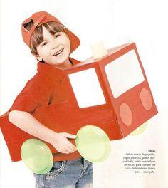 Oi gente, Bom Dia!   Caixas de papelão são indispensáveis! Olha só que carro de bombeiro bacana foi feito com uma caixa de papelão, alguns ...