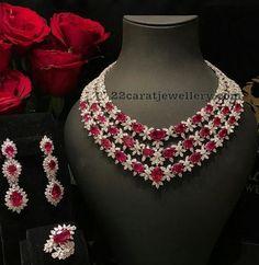 A Guide To Diamond Engagement Rings – Modern Jewelry Black Gold Jewelry, Ruby Jewelry, Diamond Jewelry, Fine Jewelry, Diamond Bracelets, Jewlery, Indian Wedding Jewelry, Bridal Jewelry, Bling Bling