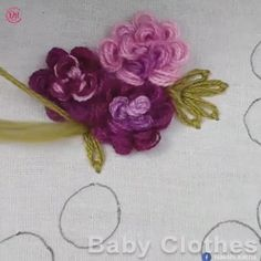 N/A Hand Embroidery Patterns Flowers, Basic Embroidery Stitches, Hand Embroidery Videos, Embroidery Stitches Tutorial, Embroidery Flowers Pattern, Flower Embroidery Designs, Creative Embroidery, Simple Embroidery, Learn Embroidery