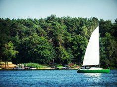Ostatnio zauważyłem że podczas moich wycieczek rowerowych bardzo lubię odwiedzać wszelkiej maści jeziora. Tutaj dla przykładu świetny zalew w Ślesinie  ______________ #docelowo #Ślesin#zalewŚlesin#Wielkopolska#Polska#Polen#Poland#Polonia#Pologne#jezioro#zalew#lake#boat#summer#vacation#august#weekend#saturday#sobota#sierpień#lato#wakacje#chillout#relax#biketrip#hotweather#bluesky#trip