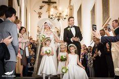 Hochzeit Schloss Mönchstein Salzburg - Claudia & Manuel - Foto Sulzer Blog Salzburg, Crown, Blog, Fashion, Pictures, Wedding Church, Engagement, Stones, Moda