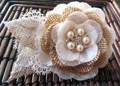 Arpillera romántico rústico y encaje pelo flor Fascinator