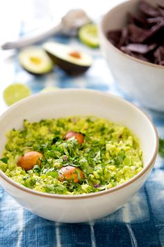 MY PERFECT GUACAMOLE via A House in the Hills