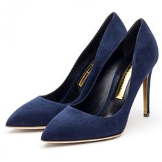 Kate teamed the set with her trusty navy Rupert Sanderson 'Malory' suede pumps and Stuart Weitzman 'Muse' suede clutch.