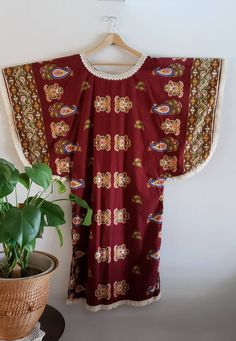Your place to buy and sell all things handmade Bohemian House, Boho, House Dress, Kaftan, Floral Tops, Paisley, Butterfly, Cream, Medium