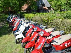 Scooters van Actief Twente op het Lutterzand
