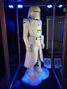 01-First-Order-SnowTrooper.jpg 600×800 pixels