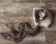 Ivory Mohair Newborn Hat Knit Crochet Bonnet por SmallandLovely, $20,00