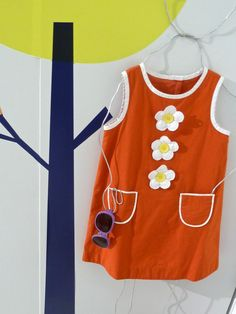 Cute 60's retro styling Daisy dress at Mini Boden for summer 2012