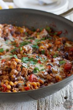Loaded with flavor, not fat, this Lighter Chili Mac may be your family's new favorite healthy chili recipe.   Taste and Tell