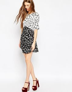 Buy ASOS Mono Print Ditsy Skater Dress at ASOS. With free delivery and return options (Ts&Cs apply), online shopping has never been so easy. Get the latest trends with ASOS now. Ditsy, Skater Dress, Fashion Online, Asos, Floral Prints, Short Sleeve Dresses, One Piece, Pretty, Mono Print