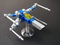Micro-scale X-Wing by 2x4