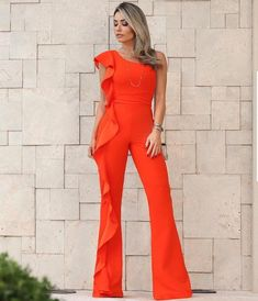Solid Color One-Shoulder Ruffled Jumpsuit – ebuytide Jumpsuit Dressy, Ruffle Jumpsuit, Jumpsuit Pattern, Jumpsuit Outfit, Pageant Casual Wear, Business Professional Outfits, Trends, Mod Dress, Fashion Night