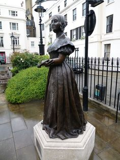 Victoria Square, London: statue of the young Queen Victoria