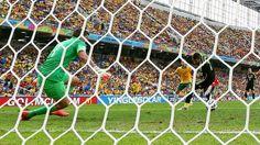 Gol de David Villa. España 3 - Australia 0