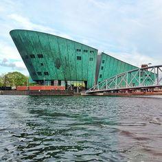NEMO Science Center in Amsterdam, Noord-Holland