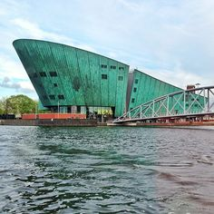 NEMO Science Center in Amsterdam, Noord-Holland