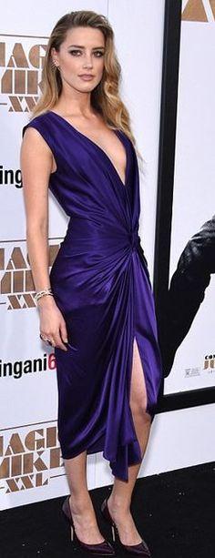 Amber Heard: Dress – Monique Lhulier Earrings – Jacquie Aiche