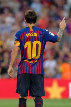 Messi of FC Barcelona celebrates his second goal of the match (photo by Pedro Salado/Action plus via Getty Images) Fc Barcelona, Camp Nou Barcelona, Messi Soccer, Messi 10, Team Wallpaper, Neymar Jr, Go Camping, Football Players, Goal