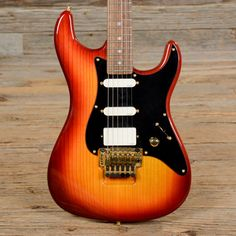 Valley Arts Guitar Custom Pro Steve Lukather Signature Fireburst USED (s306)