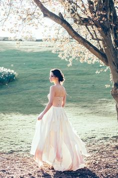 Take a walk on the wild side in this stunning dip dye skirt and bridal corset by Jessica Turner Designs.  Makeup and Hair (Styled Shoot Planner) Storme Webster, Storme Makeup Model Eve Ainsbury Venue Danesfield House Photographer Kitty Wheeler Shaw Jewellery and Hair Pieces Beverly Pile, PS With Love Florist Eram Khan, Boom Blooms Cake Kate Roche Lieberman, Dolce Lusso Cakes Stationery Holly Rees, Holly Rees London Tableware Daniela Johnston, Classic Crockery