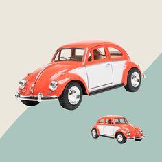 Das Kultauto schlechthin, nicht nur für Kinder, auch für Erwachsene ein Schuckstück. Mit Rückzugsmotor. 1:32 Planes, Trains, Boats, Automobile, Vehicles, Car, Autos, Children, Model Car