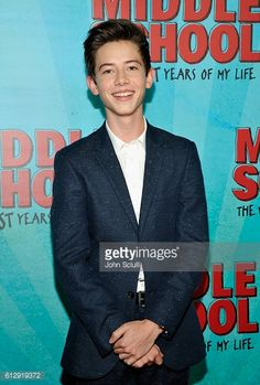 actor-griffin-gluck-attends-the-los-angeles-red-carpet-screening-of-picture-id612919372 (401×594)