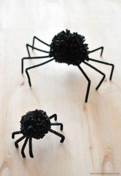 DIY Halloween Pom Po
