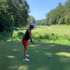 Verified Take note This is what a pure swing off the tee looks like, courtesy of Player Austin Ernst. Get the correct golf push cart for your golf game Golf Driver Swing, Golf Drivers, Girls Golf, Ladies Golf, Women Golf, Star Citizen, Golf Sexy, Golf Now, Golf Push Cart