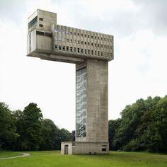 fictions 2 architecture