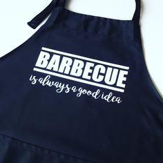 #kookschort #mannencadeau #mannenkado #kookgek #koken #barbecue #bbq #barbeque #kookliefhebber #zomer van www.bepenco.com meer info@bepenco.com Barbecue, New Daddy, Deck The Halls, Fathers, Apron, Cricut, T Shirt, Dads, Supreme T Shirt